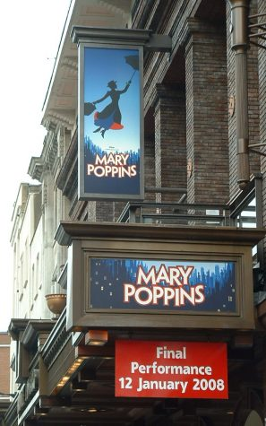 Mary Poppins Excites the Theater