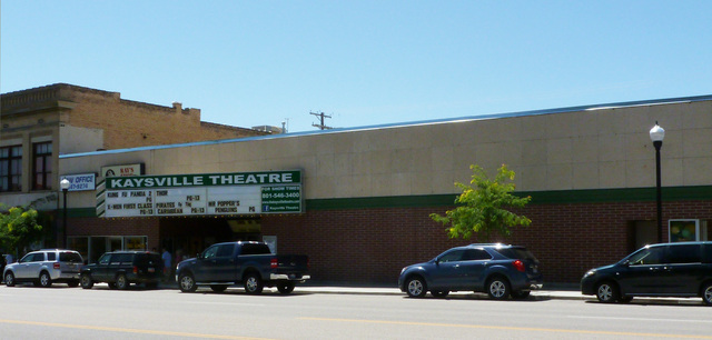 Experiencing+classic+Kaysville+Theatre+