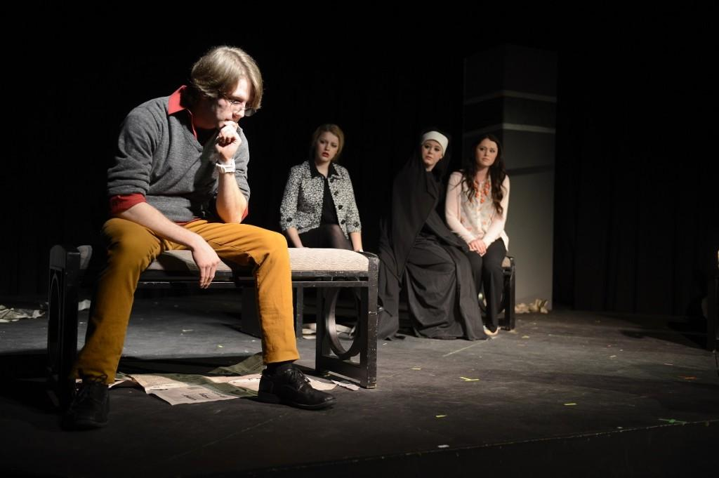 Annual+One+Act+Play+Festival%3A+six+short+shows+put+on+by+Davis+students
