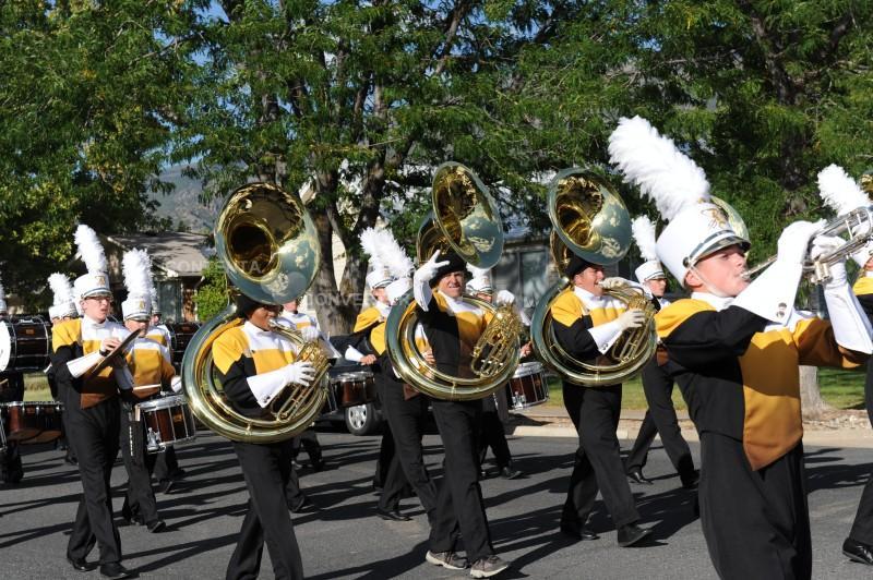 Homecoming+Parade-1