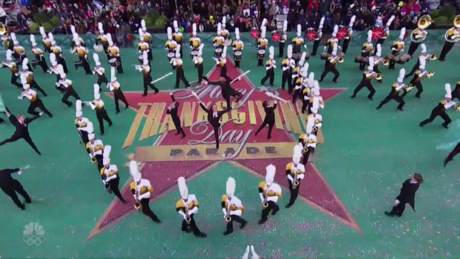 Marching+Band+Returns+from+Macy%E2%80%99s+Thanksgiving+Parade