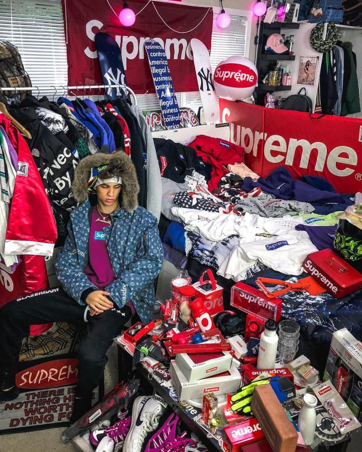 How high school students can make money selling clothes