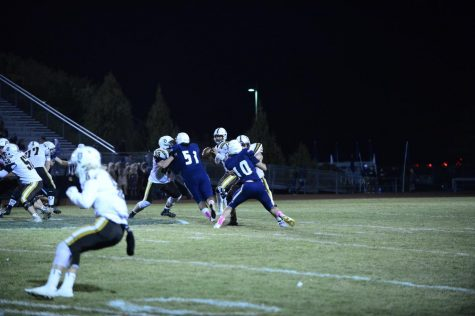 Davis Football wins late thriller