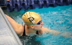 Davis High Swim Team's Region Relays
