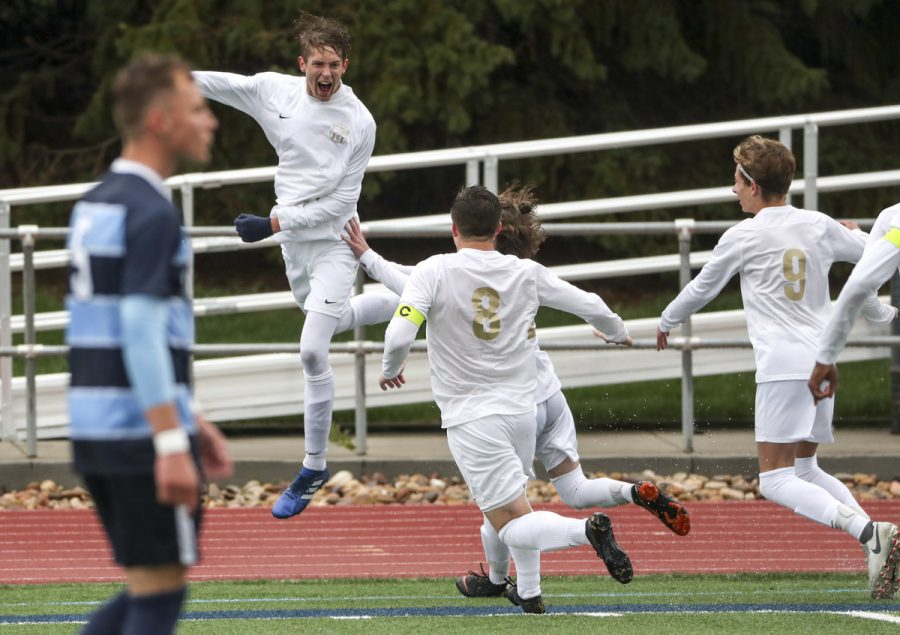 Davis High soccer takes on rival Fremont High
