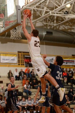 Davis boys' basketball takes home first win of the season on stellar shooting