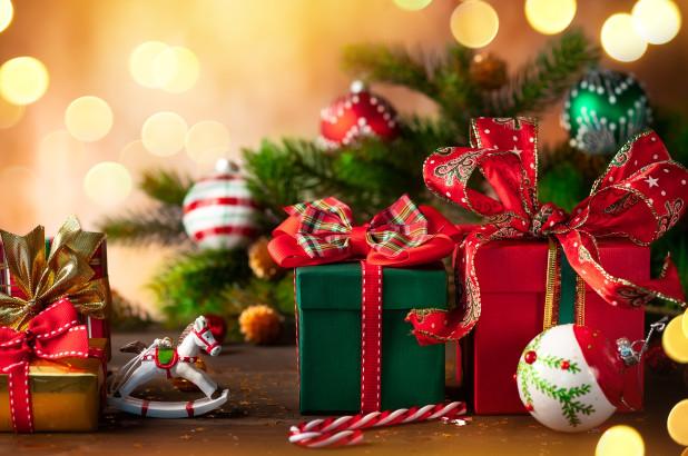 How to save money during Christmas season