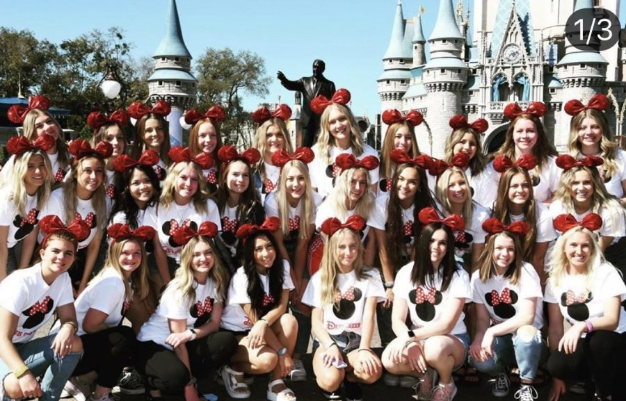 Cheerleaders+and+D%27ettes+take+on+Florida