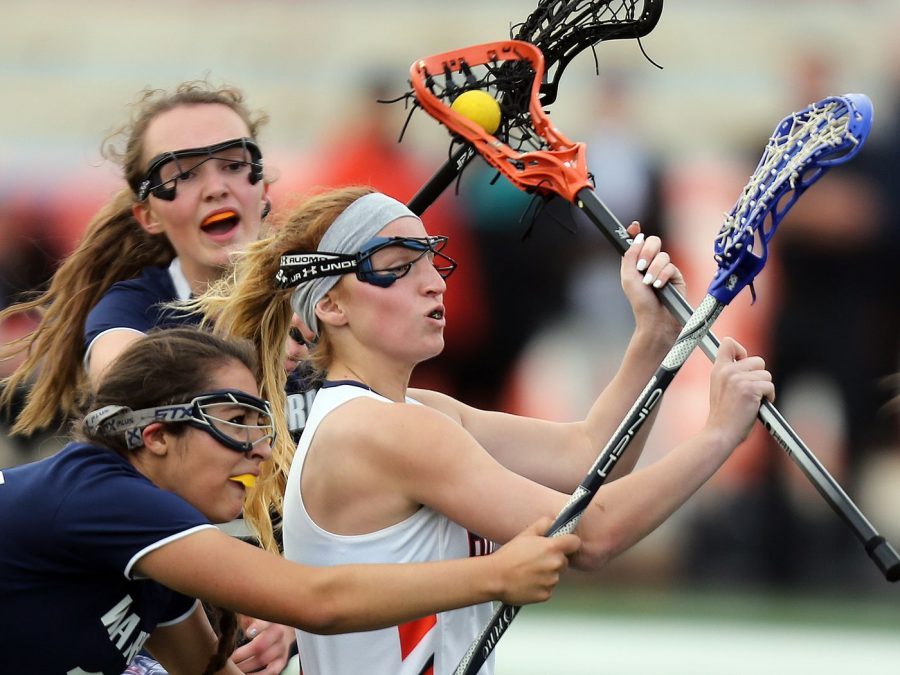 Lacrosse+team+going+for+the+state